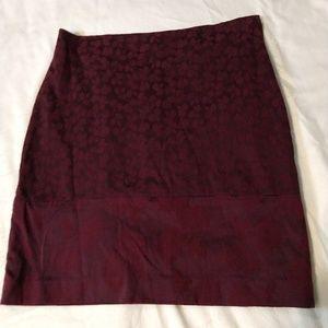 Printed pencil skirt burgundy